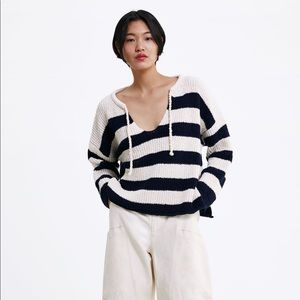 NWT'S ZARA Knit Sweater With Stripes Size Large